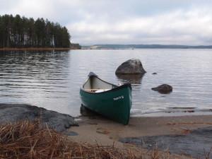 Rykiniemessä, Pielisen rannassa.