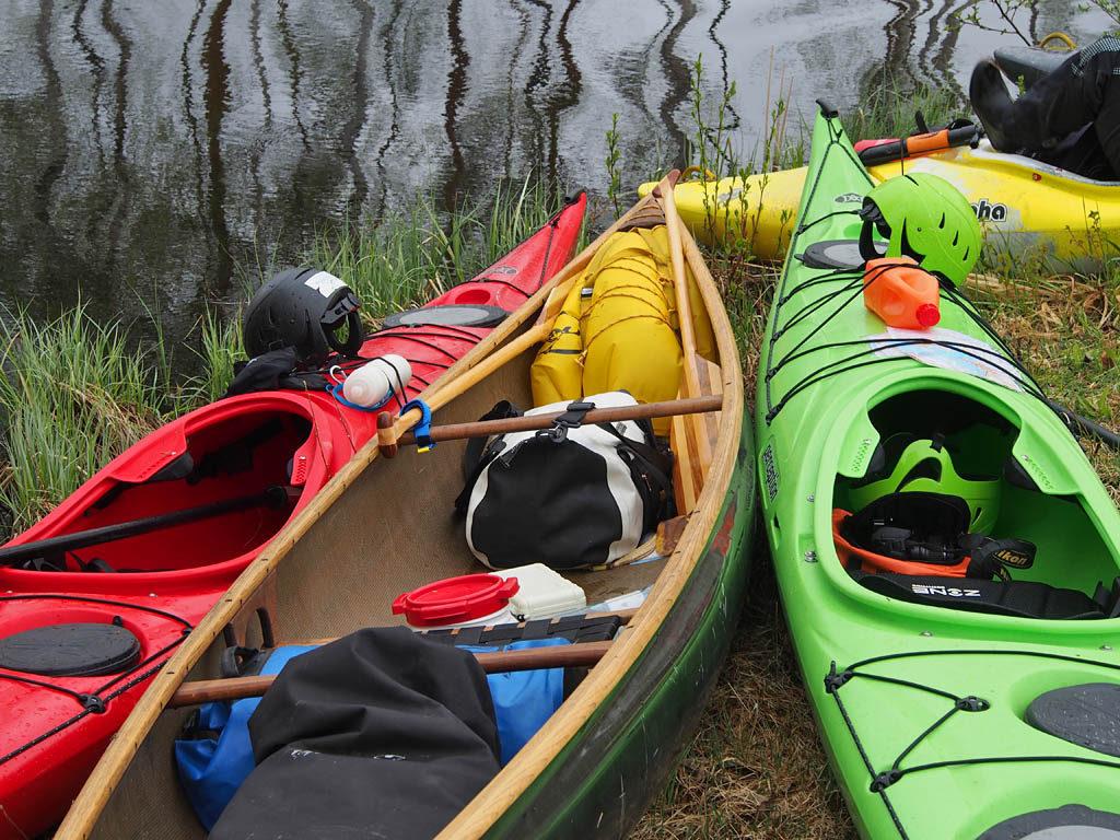 Kajakki, kanootti, kajakki. Sutjakoita pelejä kaikki.